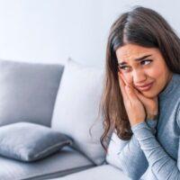Stop teeth whitening pain